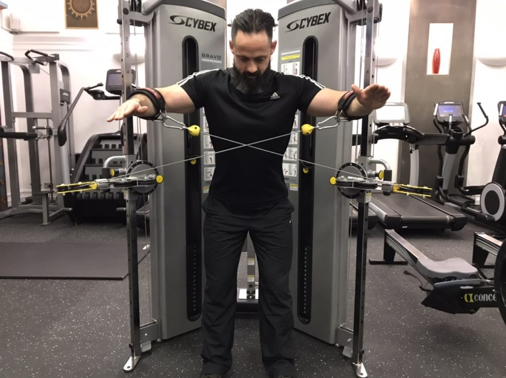 Lateral deltoid exercise