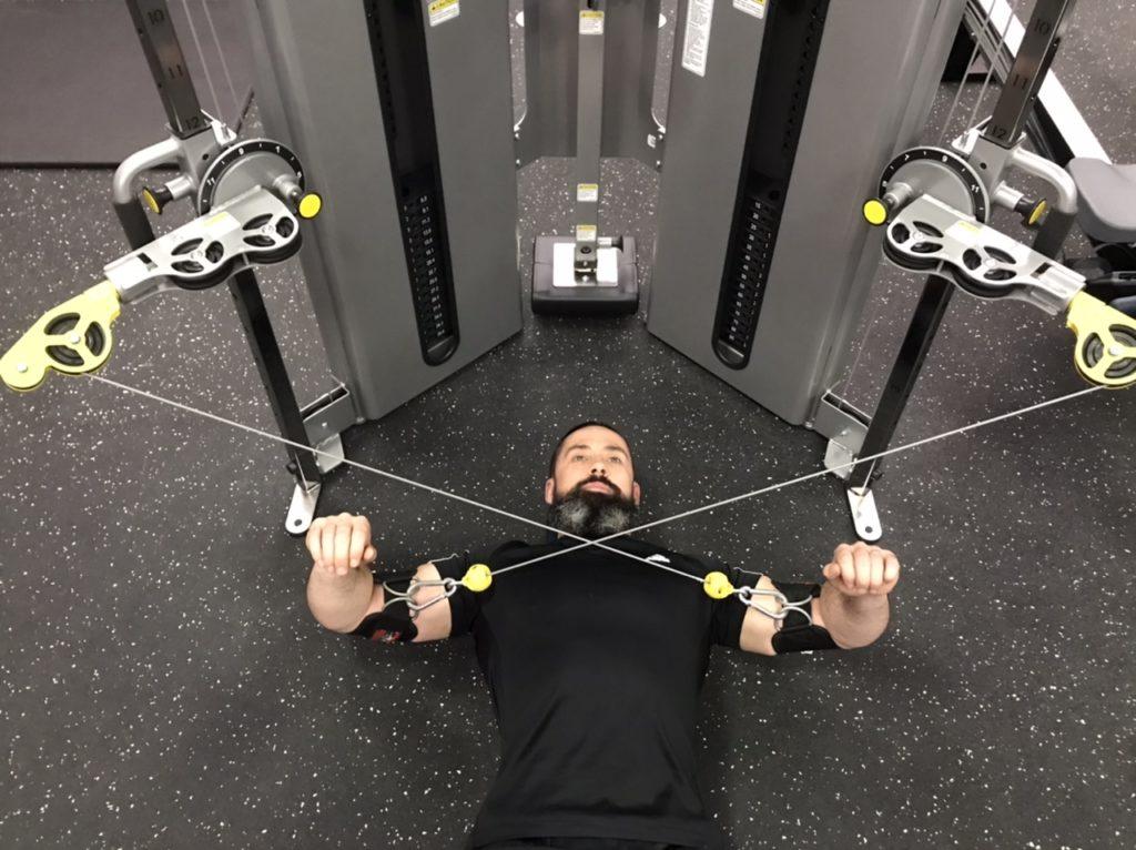 Posterior deltoid exercise